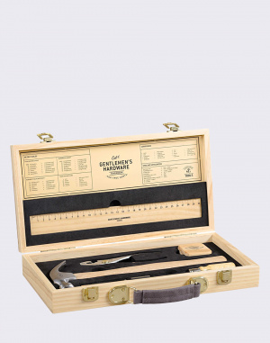 W & W - Tool Kit in Wooden Box
