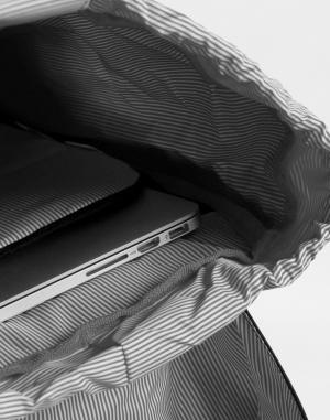 Mestský batoh Herschel Supply Retreat Mid-Volume